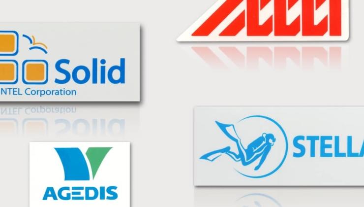 Autocollants publicitaires imprimés sur vinyle blanc ou transparent