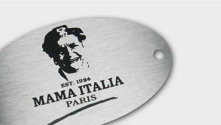 Plaque de marque gravée par laser sur inox brossé
