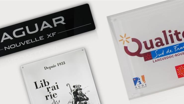 Plaques promotionnelles imprimées sur plexiglas transparent
