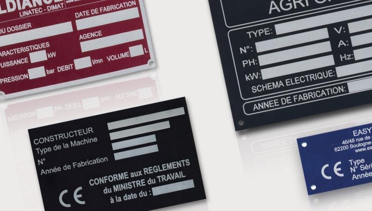 Plaques constructeur en aluminium anodisé coloré marquées par gravure laser