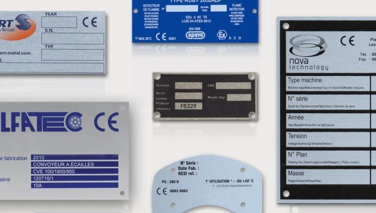 Plaques constructeur en métal imprimés par sérigraphie