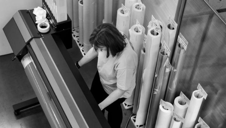 Impression et découpe de vinyle en rouleau