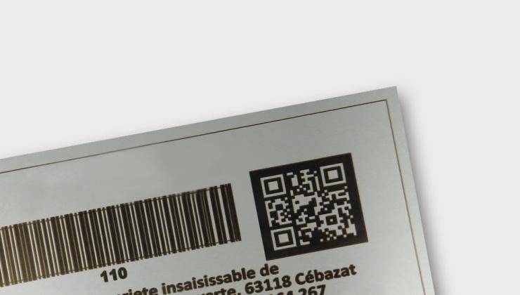 Etiquette de propriété réalisé en gravure laser sur aluminium