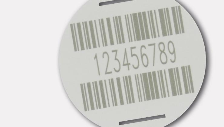 Gravure code barre réalisée par marquage laser sur PVC