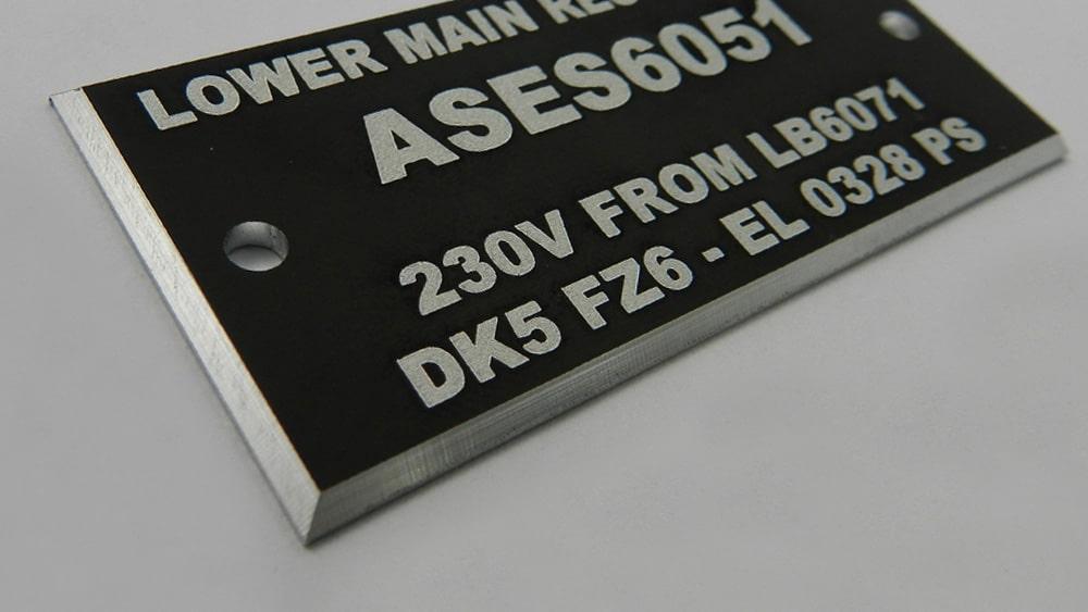 plaques numérotées en aluminium