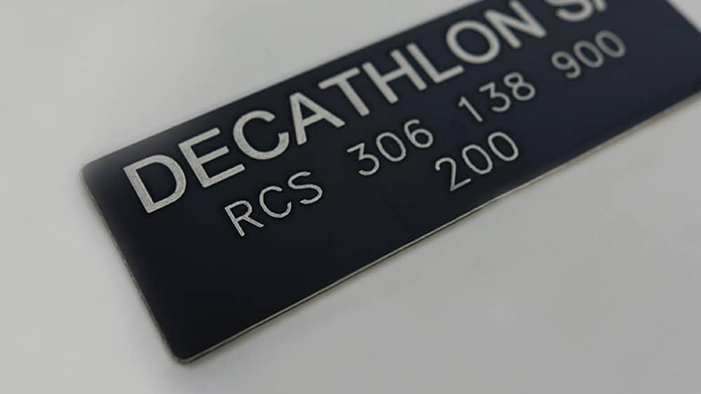 Plaques d'identification sur aluminium gravé au laser