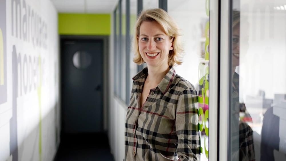Géraldine Chaix - responsable commerciale chez Marquage Moderne depuis 15 ans