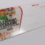 Cartons d'invitation en plexiglas imprimé pour le Petit Futé